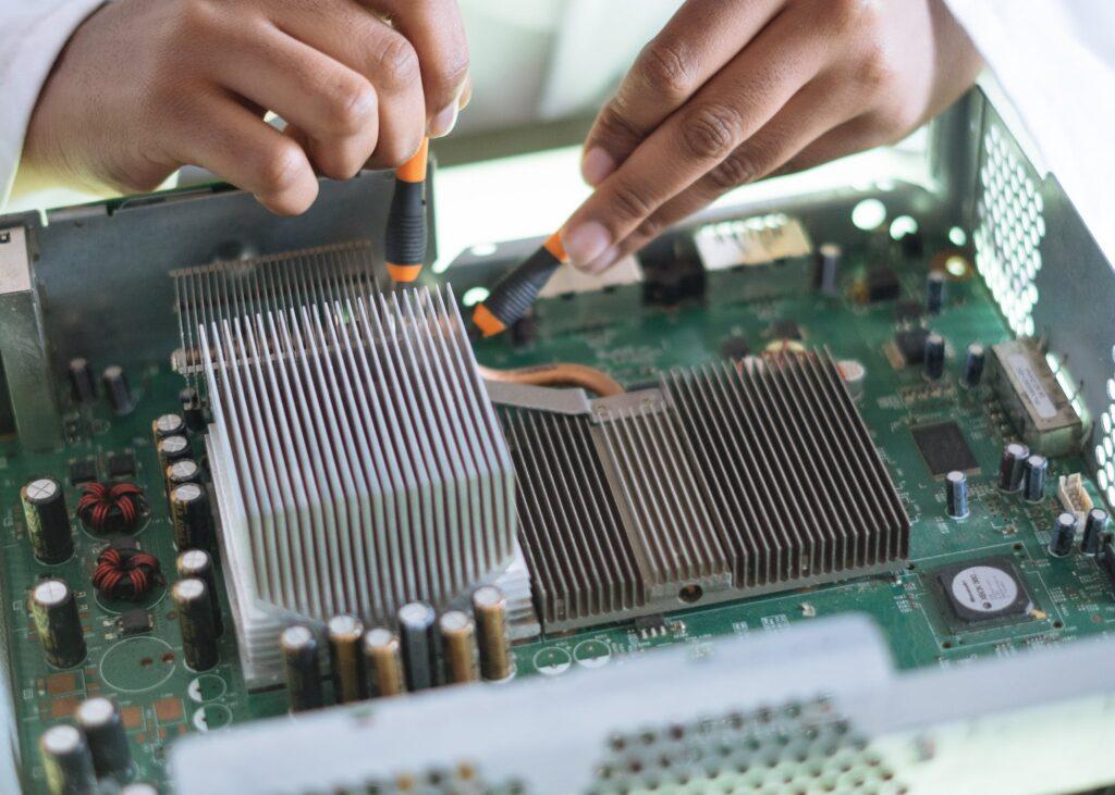 Nieuwe BBL-opleidingen bij de School voor Technologie en Engineering van ROC Mondriaan