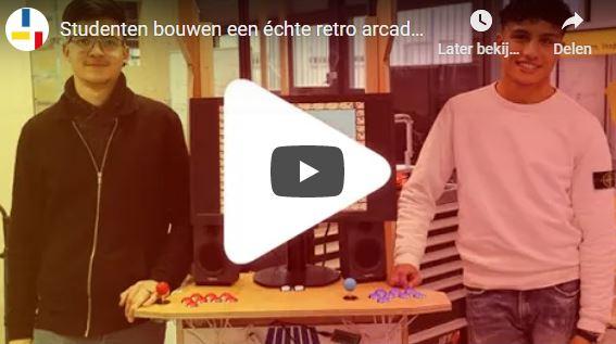 Studenten bouwen een échte retro arcadekast met RetroPi! 🎮